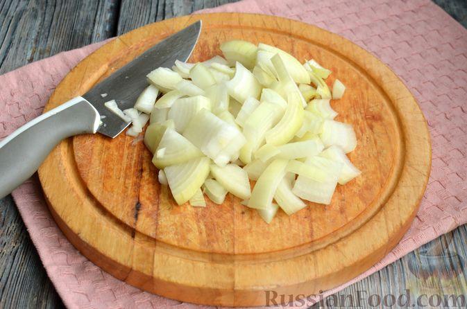 Фото приготовления рецепта: Котлеты из свинины и говядины - шаг №3