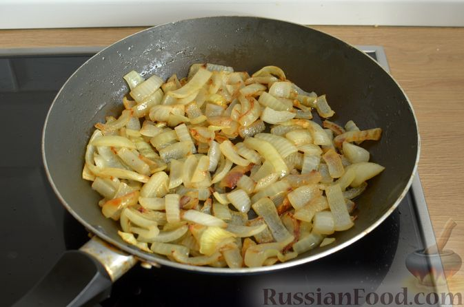 Фото приготовления рецепта: Котлеты из свинины и говядины - шаг №7