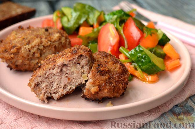 Фото приготовления рецепта: Котлеты из свинины и говядины - шаг №19