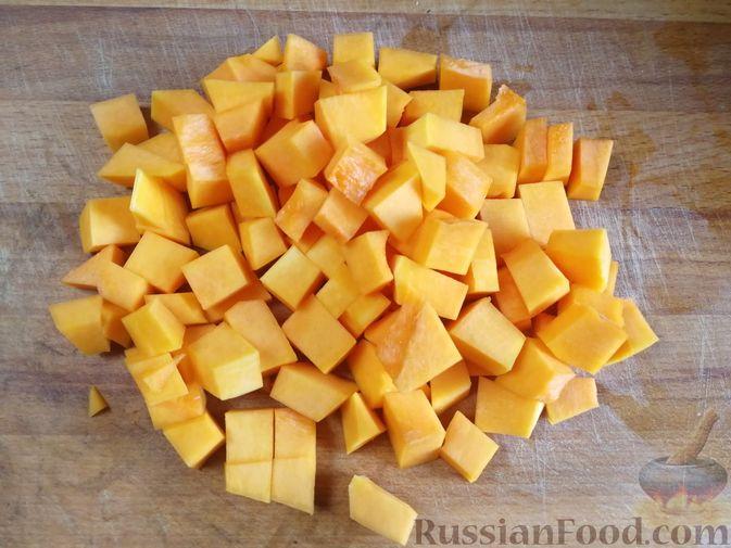 Фото приготовления рецепта: Острый гороховый суп с тыквой - шаг №8