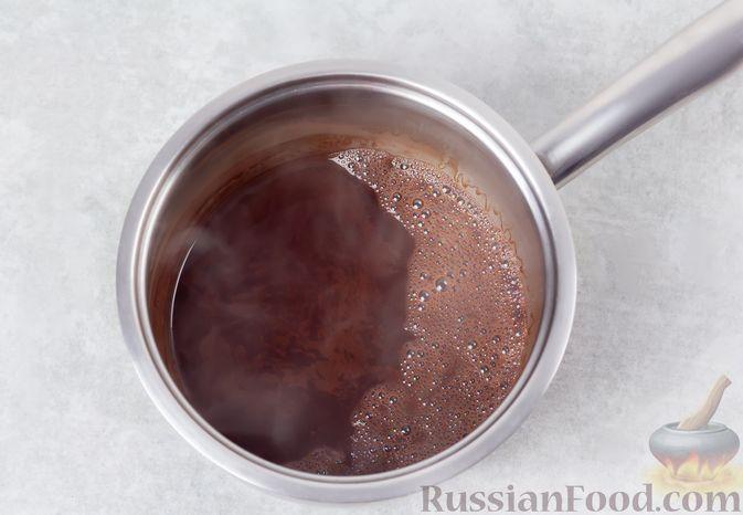 Фото приготовления рецепта: Какао-флип - шаг №5