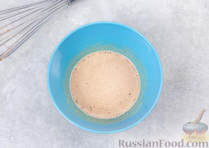 Фото приготовления рецепта: Какао-флип - шаг №7