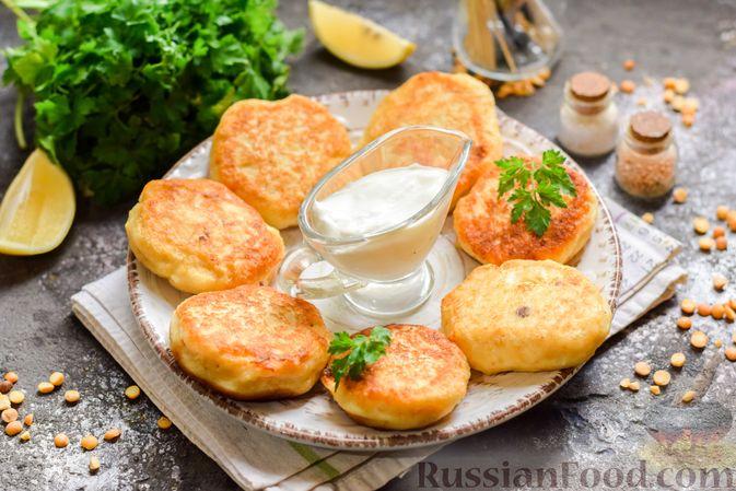 Фото приготовления рецепта: Сырники с горохом - шаг №11
