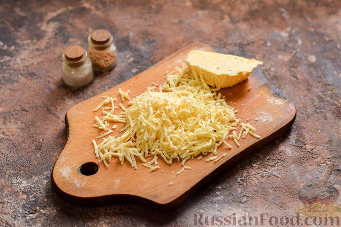 Фото приготовления рецепта: Куриные сердечки в сырном кляре,  жаренные во фритюре - шаг №4