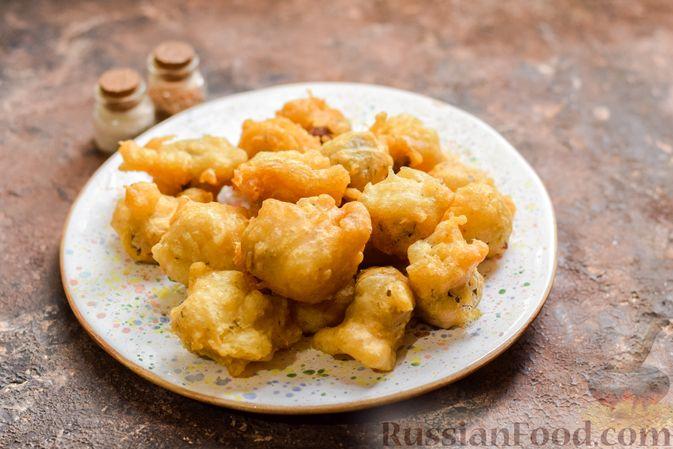 Фото приготовления рецепта: Куриные сердечки в сырном кляре,  жаренные во фритюре - шаг №10