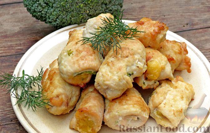 Фото к рецепту: Куриные рулеты с брокколи и сыром (в духовке)