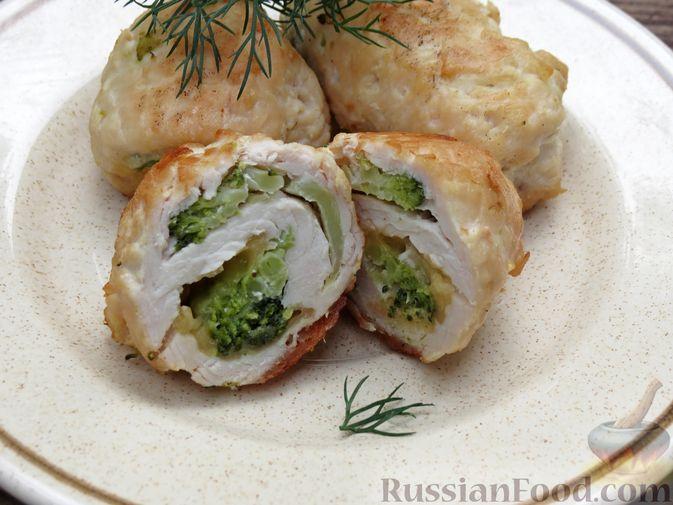 Фото приготовления рецепта: Куриные рулеты с брокколи и сыром (в духовке) - шаг №8