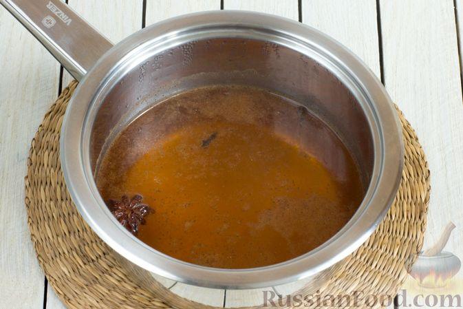 Фото приготовления рецепта: Яблочный безалкогольный глинтвейн - шаг №2