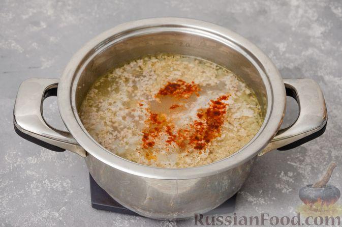 Фото приготовления рецепта: Сливочный суп с мясным фаршем и консервированной кукурузой - шаг №8