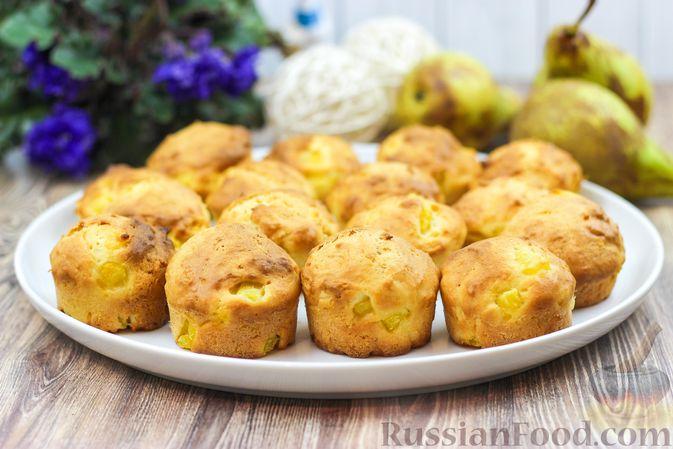 Фото приготовления рецепта: Творожные булочки с грушей - шаг №6