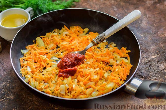 Фото приготовления рецепта: Суп из консервированной горбуши с плавленым сыром - шаг №7