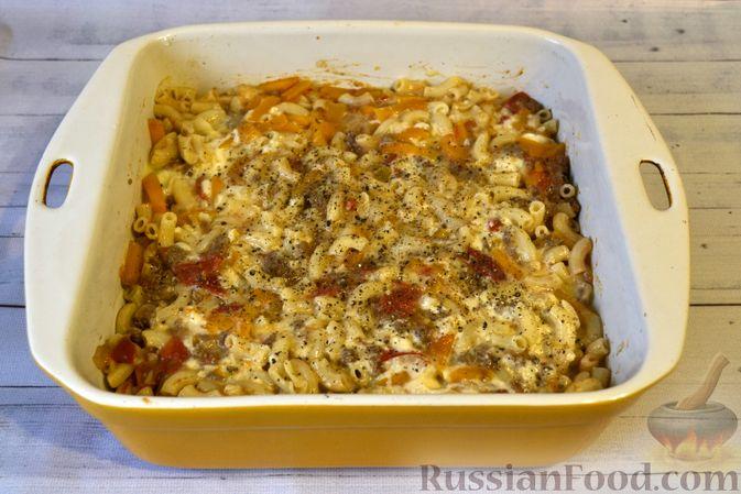 Фото приготовления рецепта: Запеканка из макарон с мясным фаршем и тыквой - шаг №19