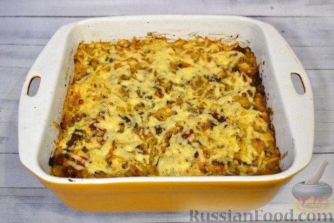 Фото приготовления рецепта: Запеканка из макарон с мясным фаршем и тыквой - шаг №22