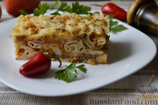 Фото к рецепту: Запеканка из макарон с мясным фаршем и тыквой