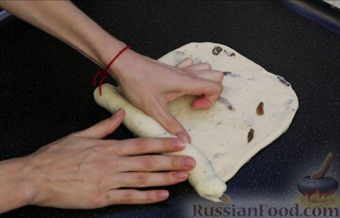 Фото приготовления рецепта: Домашний батон - шаг №13
