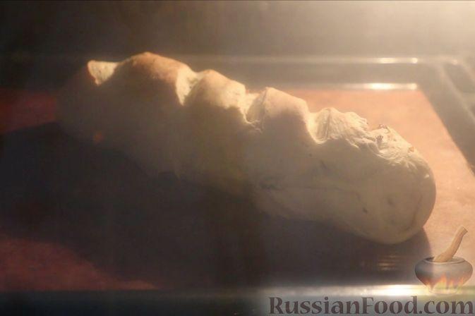 Фото приготовления рецепта: Домашний батон - шаг №19