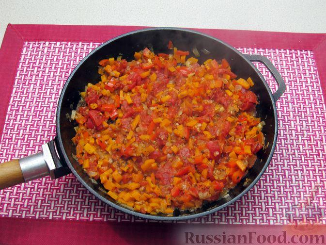 Фото приготовления рецепта: Чечевичный суп с овощами и мясными фрикадельками - шаг №8