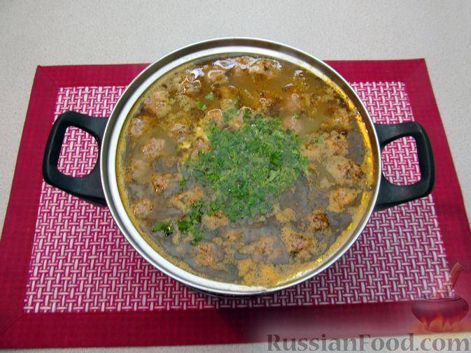 Фото приготовления рецепта: Чечевичный суп с овощами и мясными фрикадельками - шаг №17