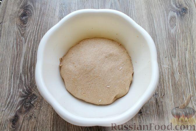 Фото приготовления рецепта: Домашний хлеб из цельнозерновой муки - шаг №9
