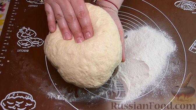 Фото приготовления рецепта: Курник с куриным филе и картошкой - шаг №2