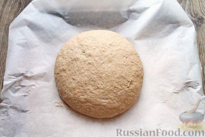 Фото приготовления рецепта: Домашний хлеб из цельнозерновой муки - шаг №13