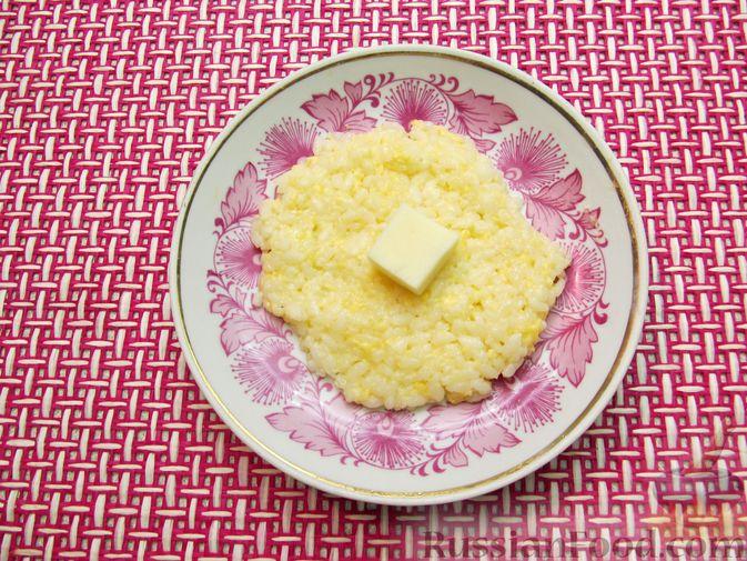 Фото приготовления рецепта: Рисовые крокеты с сыром (в духовке) - шаг №9