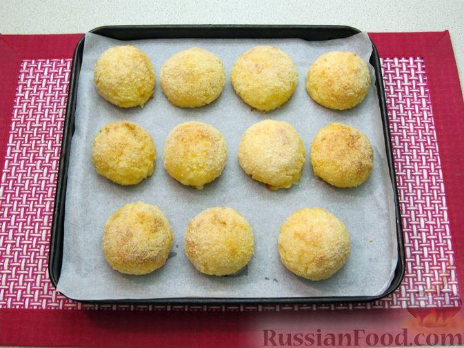 Фото приготовления рецепта: Рисовые крокеты с сыром (в духовке) - шаг №16