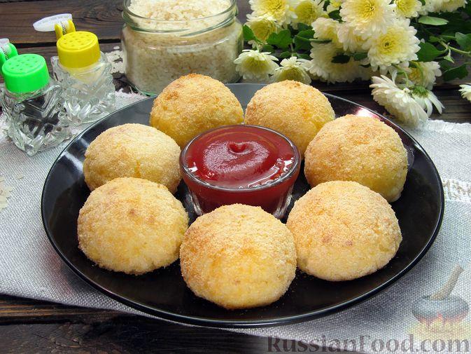 Фото приготовления рецепта: Рисовые крокеты с сыром (в духовке) - шаг №18