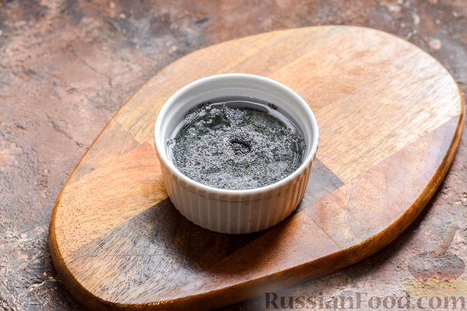 Фото приготовления рецепта: Рулет из лаваша с творогом, грецкими орехами и маком - шаг №2