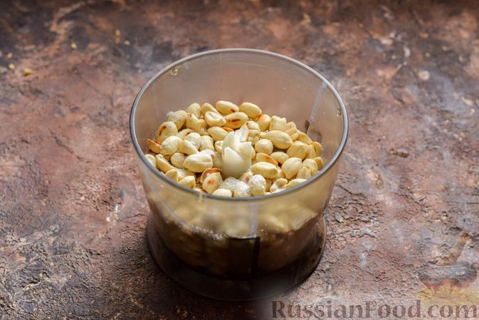 Фото приготовления рецепта: Арахисовая паста для бутербродов - шаг №3