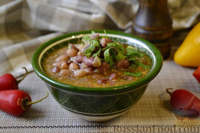 Фото к рецепту: Фасолевый суп с грецкими орехами