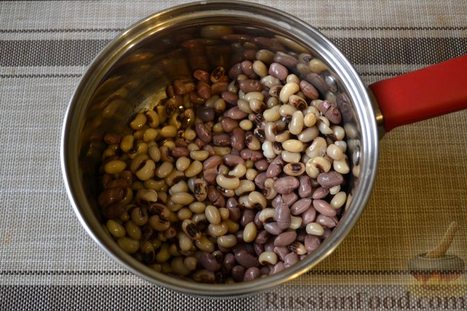 Фото приготовления рецепта: Фасолевый суп с грецкими орехами - шаг №8