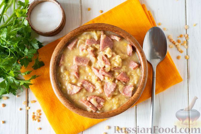 Фото приготовления рецепта: Гороховая каша с колбасой - шаг №10