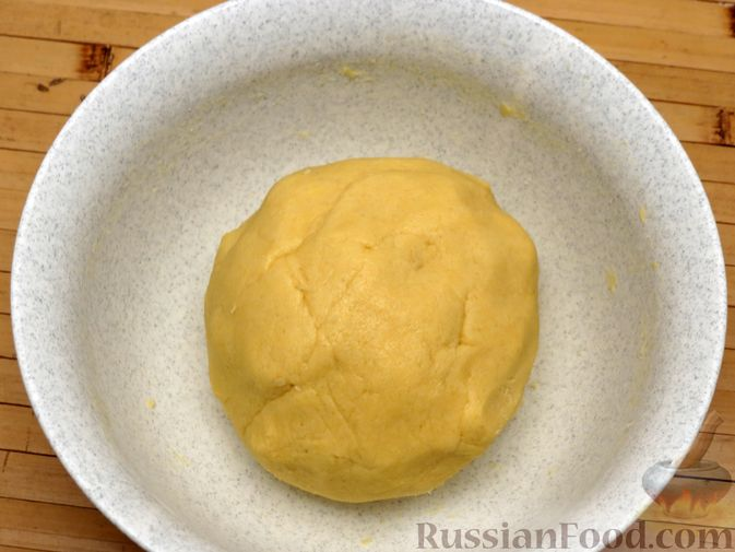 """Фото приготовления рецепта: Песочное печенье """"Трюфели"""" с коньяком - шаг №5"""