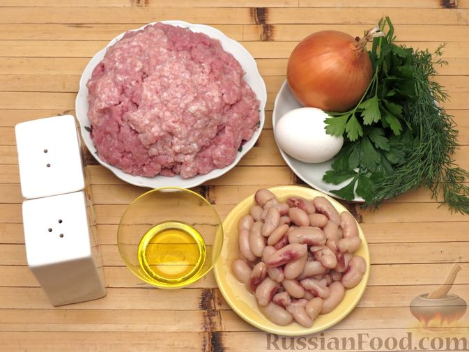 Фото приготовления рецепта: Куриные зразы с консервированной фасолью - шаг №1