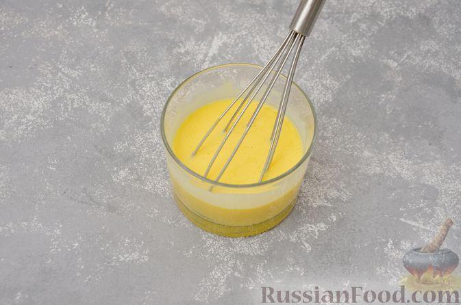 Фото приготовления рецепта: Воздушная манная запеканка на молоке - шаг №12