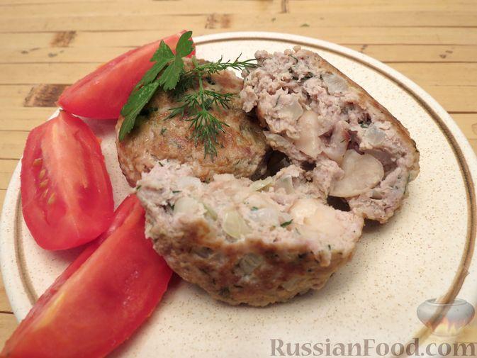 Фото приготовления рецепта: Куриные зразы с консервированной фасолью - шаг №9