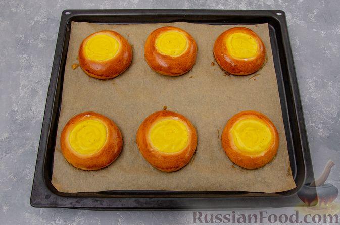 Фото приготовления рецепта: Открытые булочки с заварным кремом - шаг №22