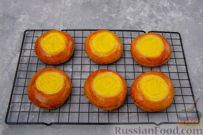 Фото приготовления рецепта: Открытые булочки с заварным кремом - шаг №23