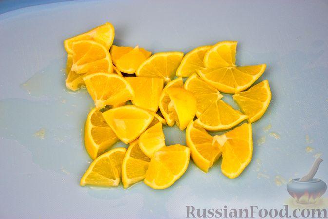 Фото приготовления рецепта: Витаминная смесь из сухофруктов, орехов, лимона и мёда - шаг №3