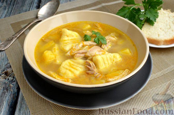 Фото приготовления рецепта: Куриный суп с картофельными ньокками - шаг №16