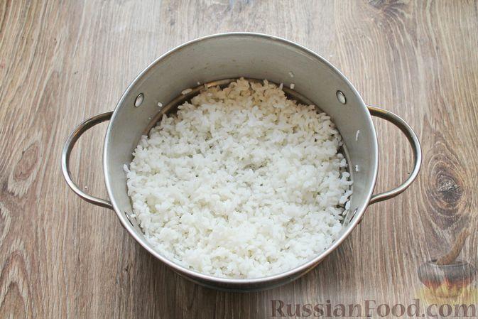 Фото приготовления рецепта: Рисовая запеканка с морковью - шаг №2