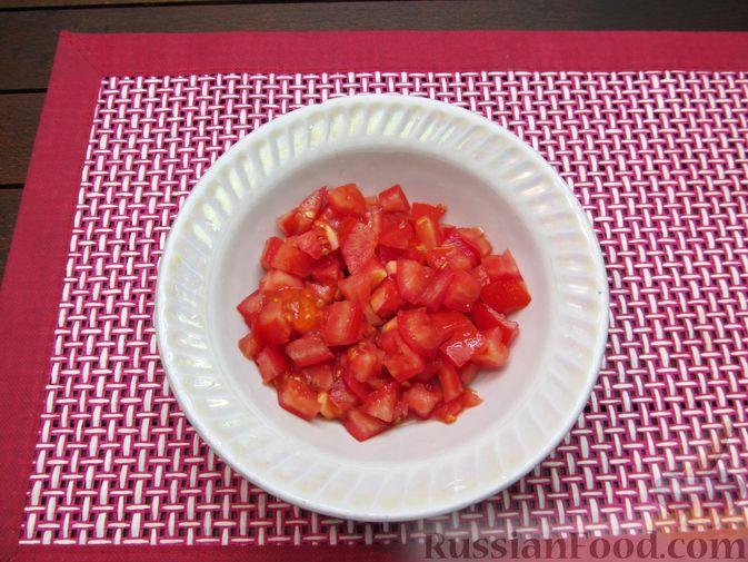 Фото приготовления рецепта: Картофельный суп-пюре с сыром, курицей и свежими помидорами - шаг №2