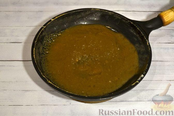 Фото приготовления рецепта: Рисовая каша со сливками и солёной карамелью - шаг №14