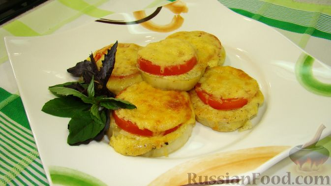 Рецепт Запеченные баклажаны с сыром и помидорами