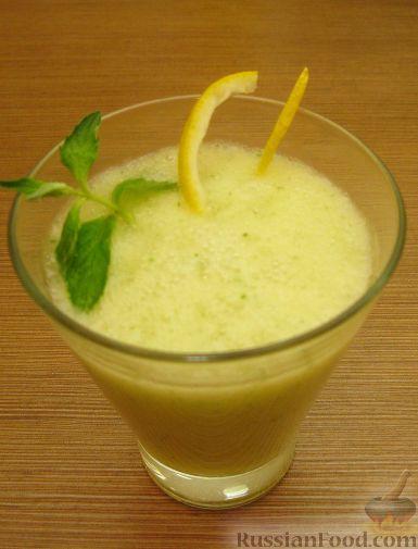 Рецепт Дынный смузи с лимоном и мятой