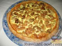 Фото к рецепту: Пирог с сыроежками