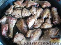 Фото приготовления рецепта: Курица под майонезом в духовке - шаг №8