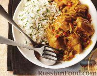 Фото к рецепту: Куриные бедрышки в кокосовом соусе (в медленноварке)