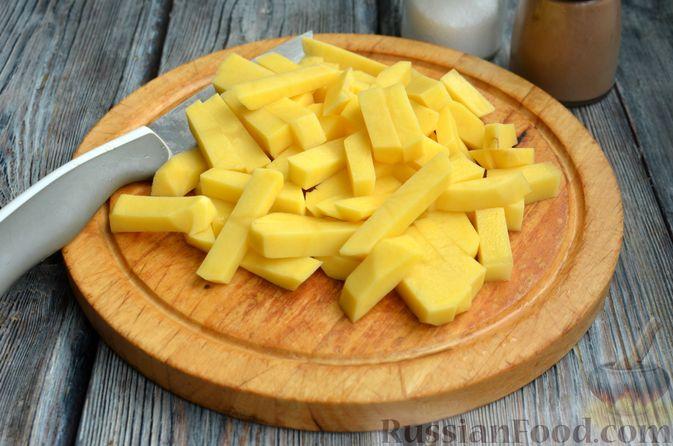 Фото приготовления рецепта: Борщ с яблоками - шаг №7